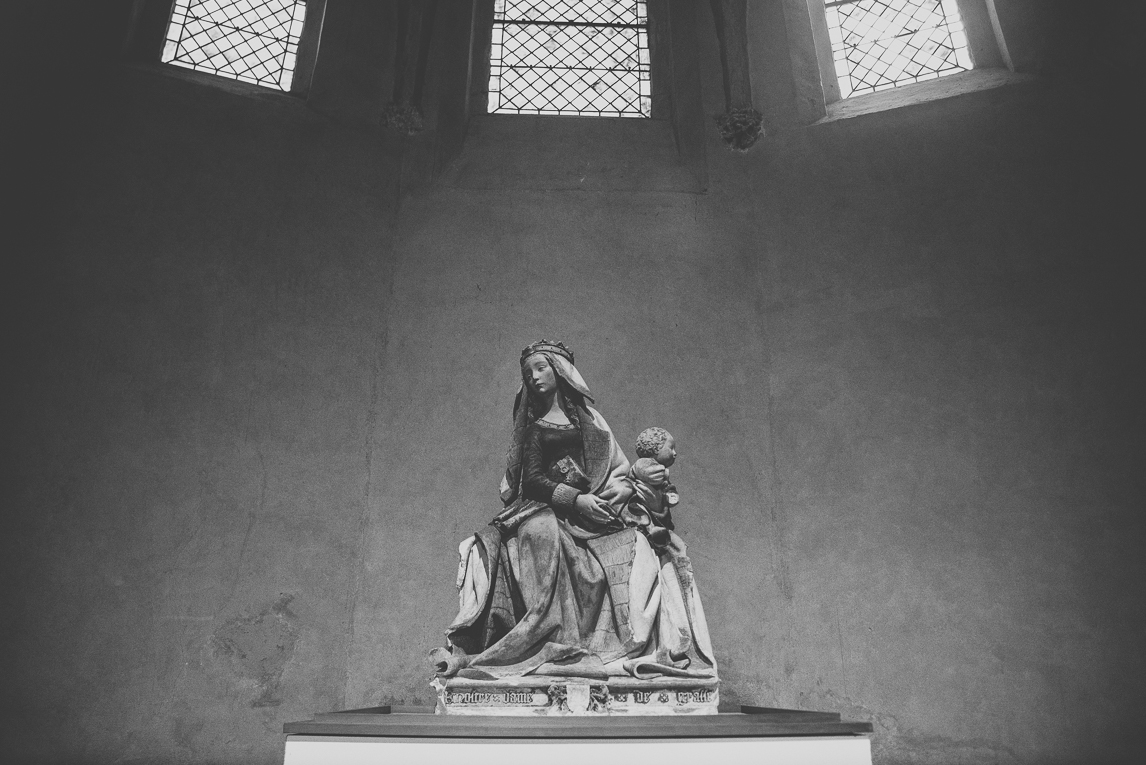 pink city architecture - statue of Virgin Mary and baby Jesus, in church - Musée des Augustins, Toulouse, France