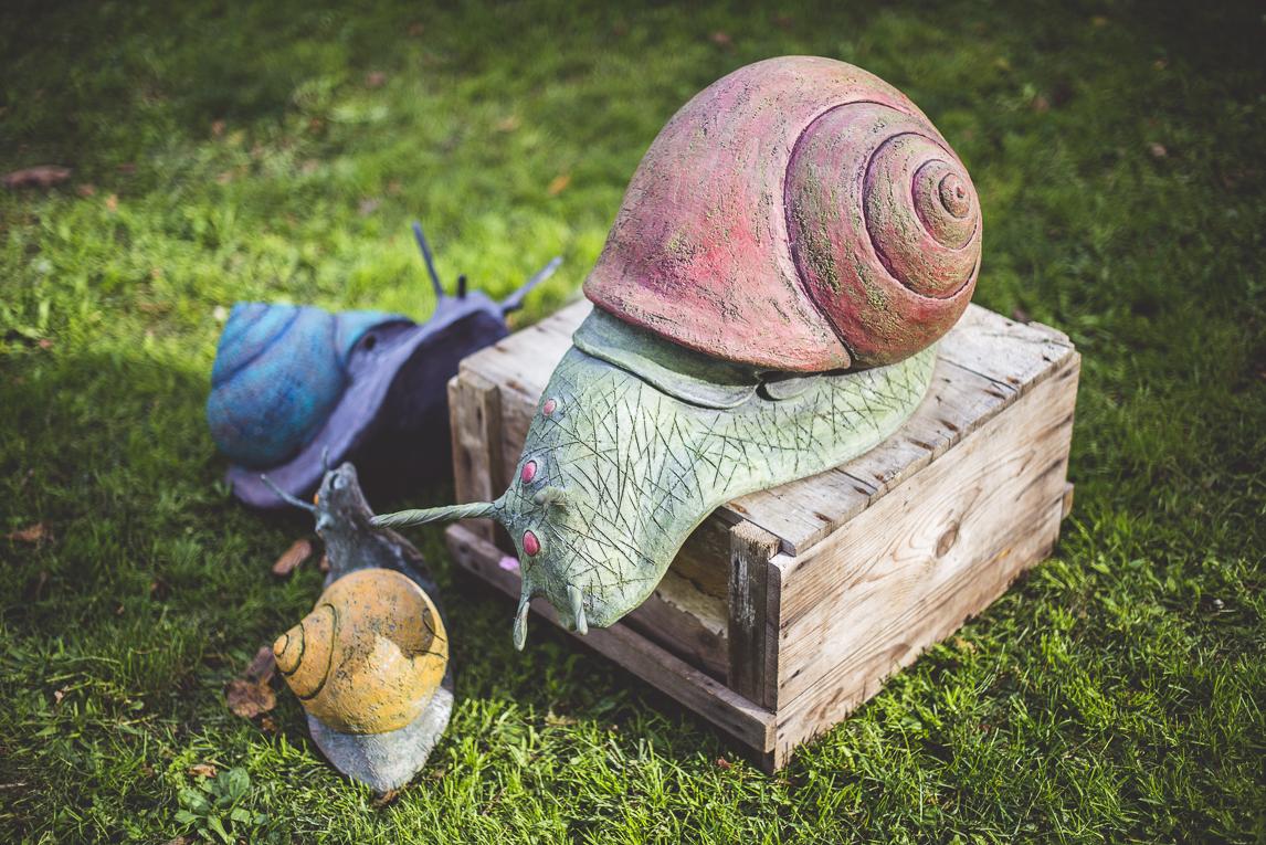 rozimages - photographie évènementielle - Expo Vente de Végétaux Rares 2015 - sculpture de trois escargots - St Elix le Chateau, France