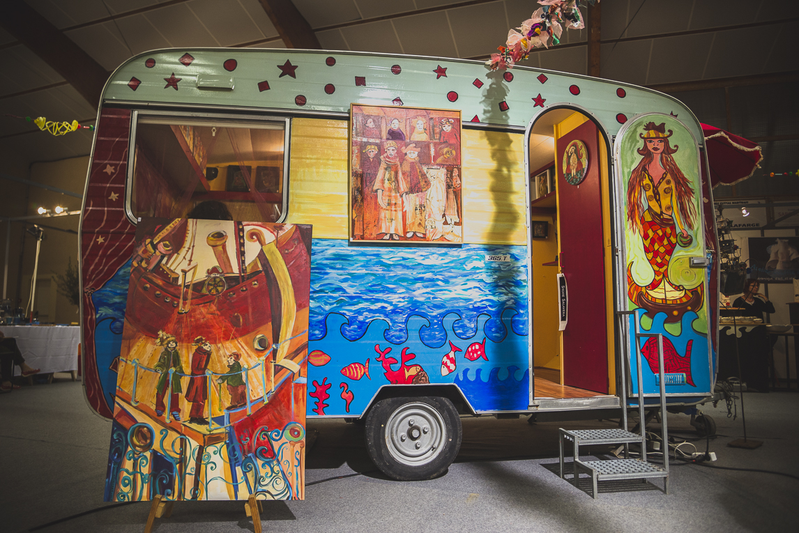 rozimages - photographie évènementielle - Salon des Arts et du Feu 2015 - caravane colorée - Martres-Tolosane, France