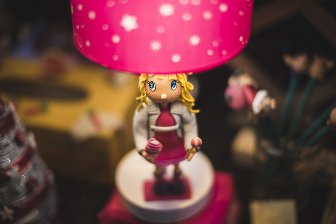 rozimages - event photography - community event - Christmas Market 2015 - craft lamp - Mondavezan, France