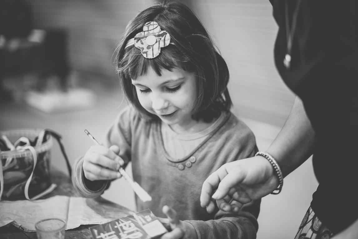 rozimages - photographie d'évènement - évènement communautaire - Marché de Noël 2015 - atelier manuel pour enfants - Mondavezan, France
