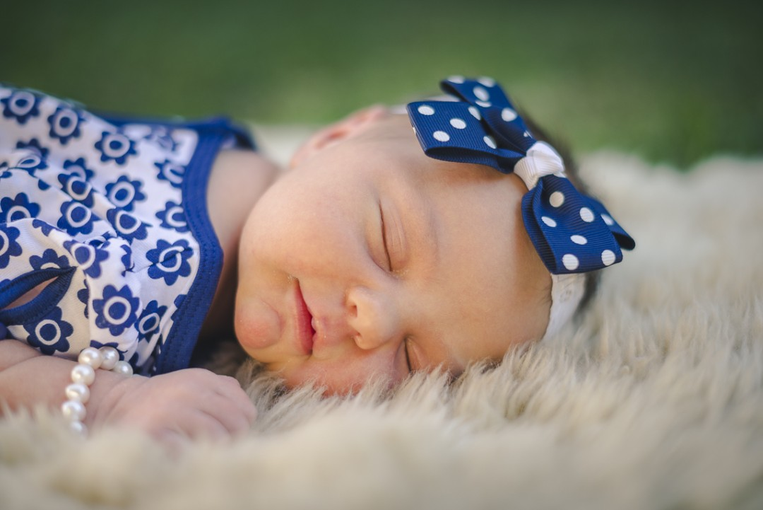 rozimages - family photography - newborn photography - portrait of newborn - Broome, Australia