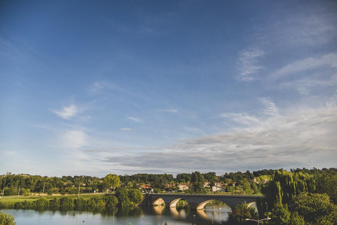 rozimages - photographie de voyage - pont sur une rivière - Cazères, France