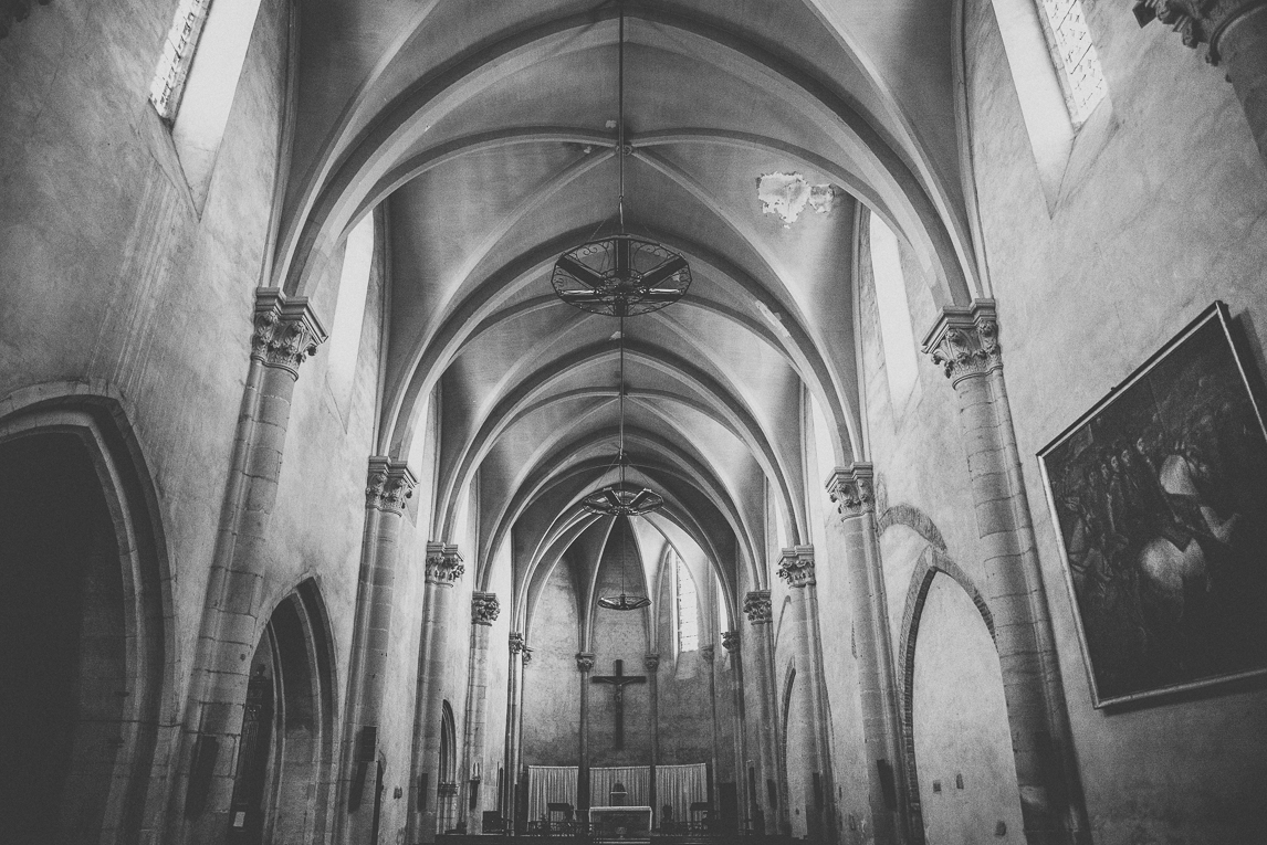 rozimages - travel photography - inside of church - Martres-Tolosane, France