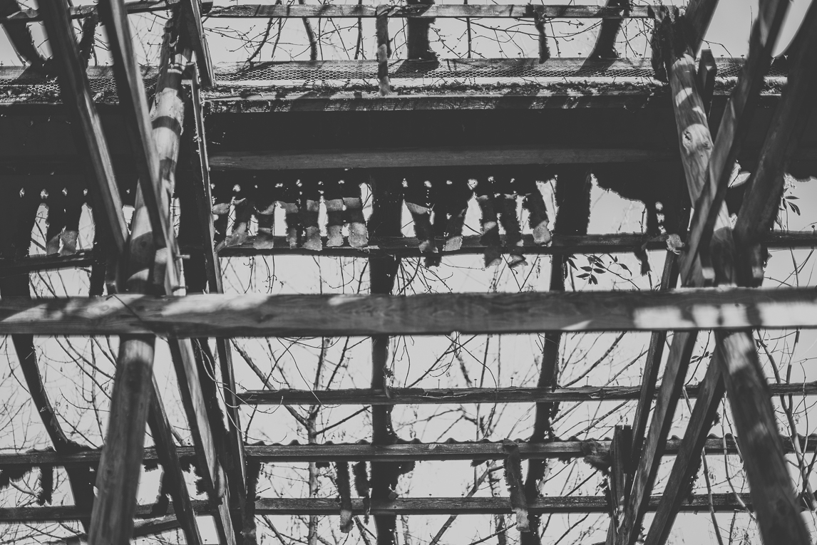 Séance Portrait en Midi-Pyrénées - bâtiment abandonné - Photographe de Portrait