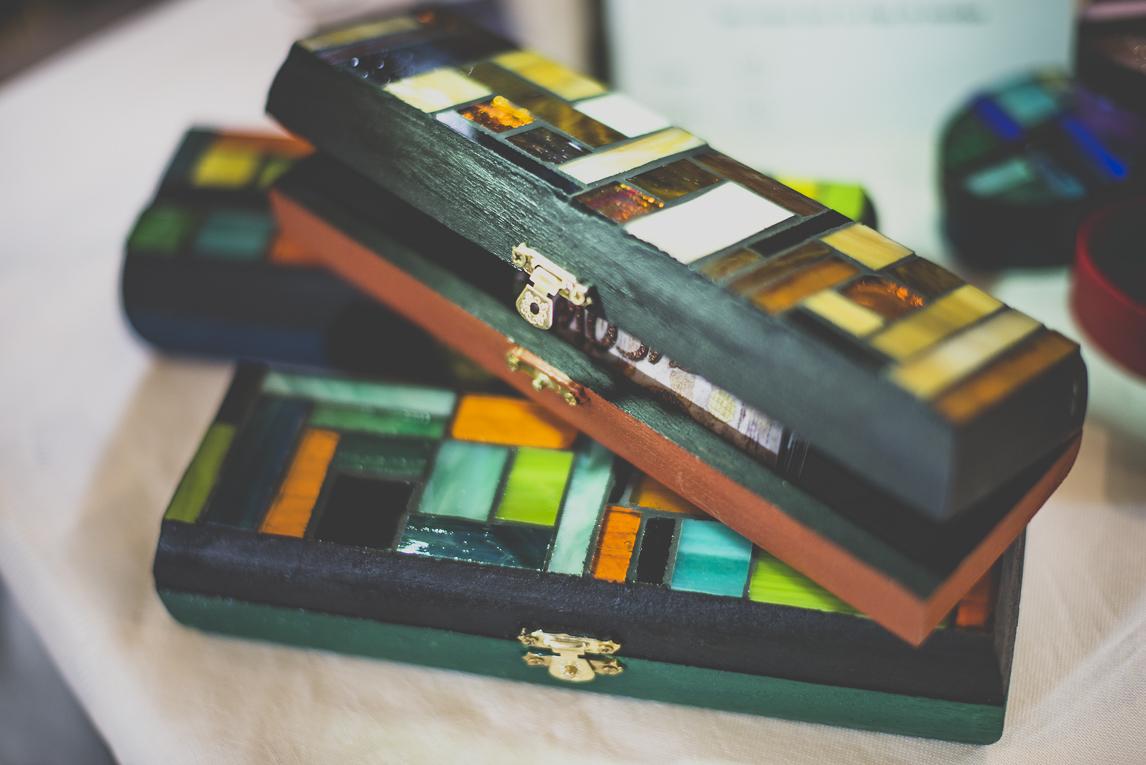 Salon Bien-être et Créations Toulouse - boite décorée avec mosaique - Photographe évènementiel