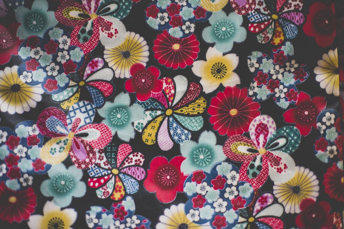 Salon Bien-être et Créations - Colourful printed cloth - Event Photographer