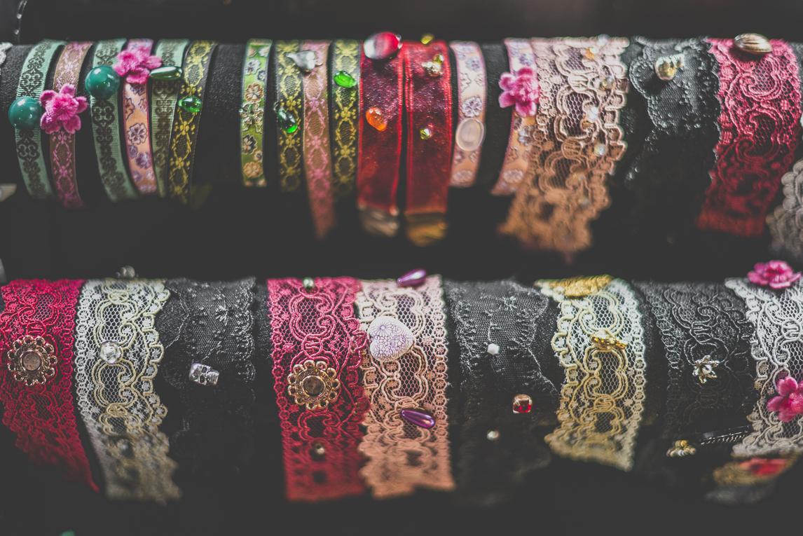 Salon Bien-être et Créations Toulouse - Bracelets en dentelle - Photographe évènementiel