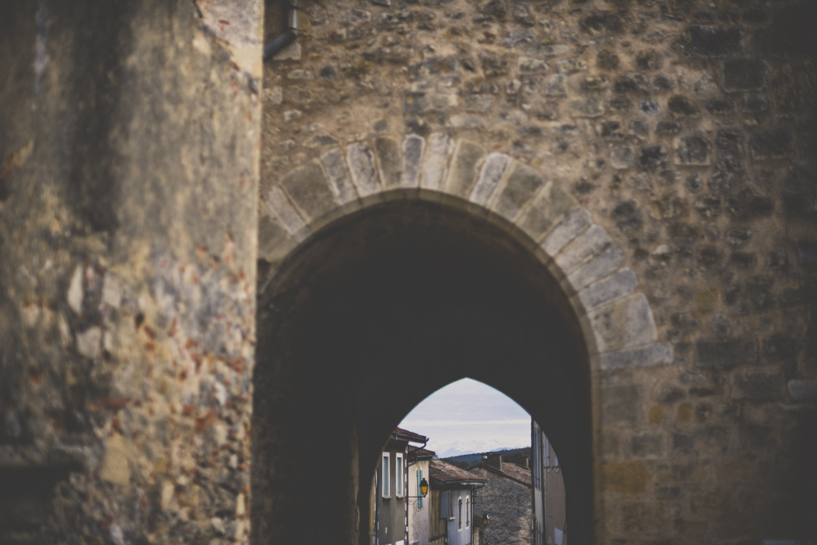 Photo of the French town of Aurignac - Arch of Eglise Saint-Pierre - Aurignac Photographer