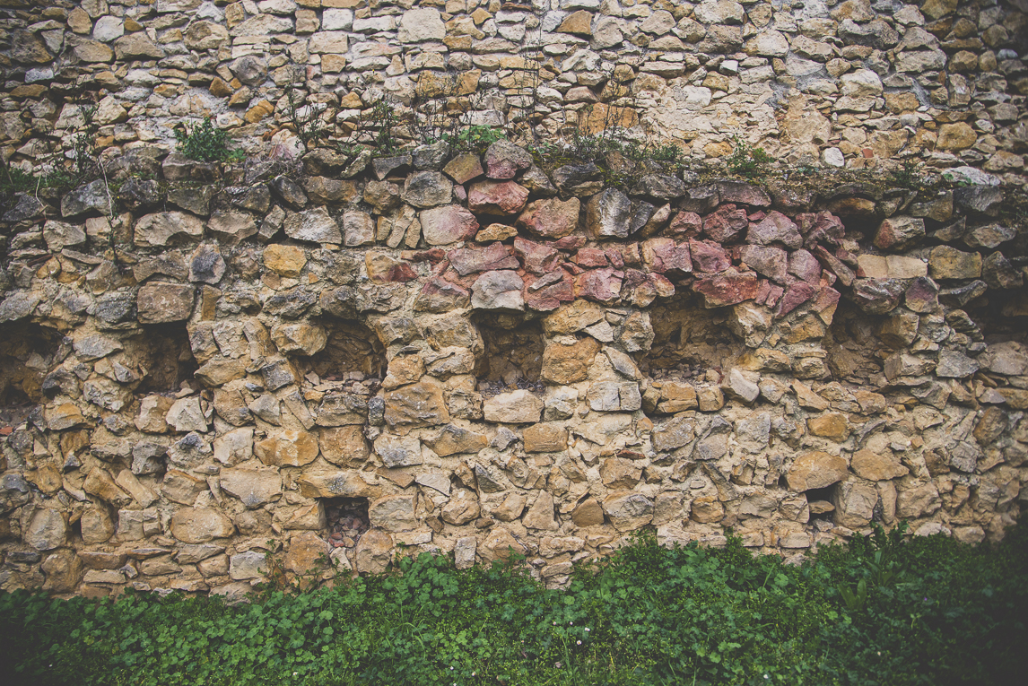 Photo of the French town of Aurignac - old stone wall - Aurignac Photographer