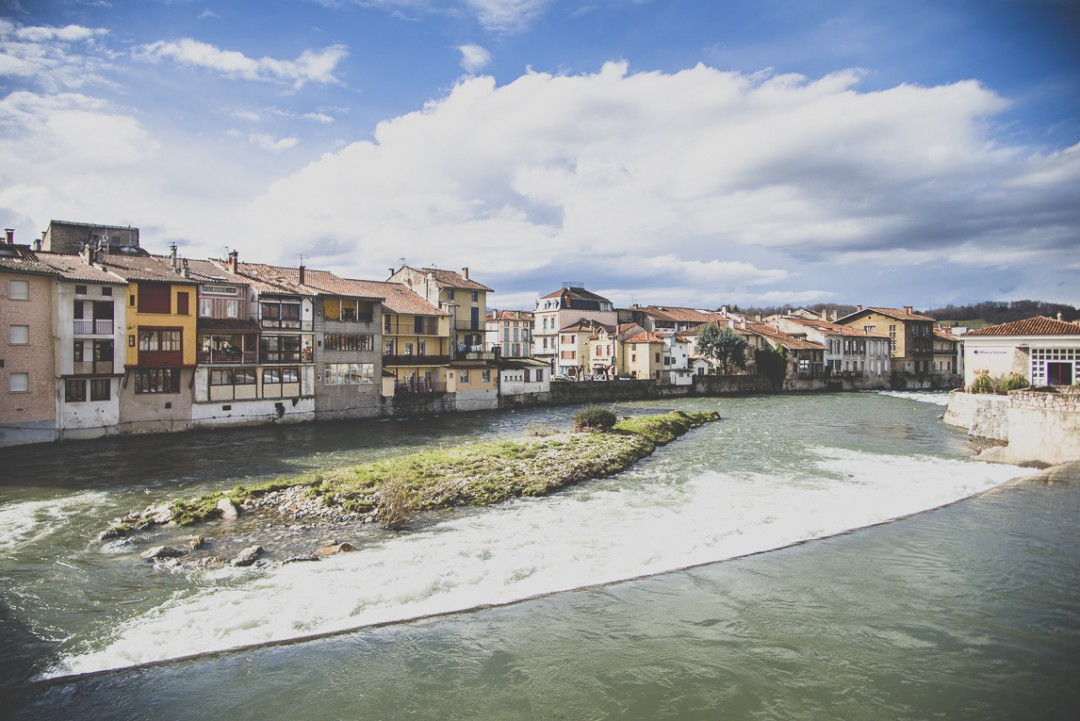 Photo of the French town of Saint-Girons - Buildings and river - Saint-Girons Photographer
