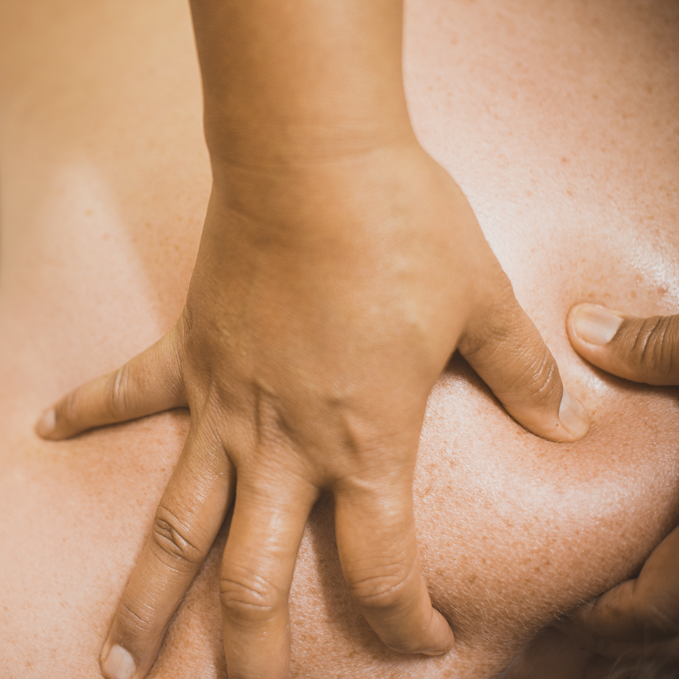 Thai Touch Massage Utopia Broome - oil massage being done on back - Commercial Photographer