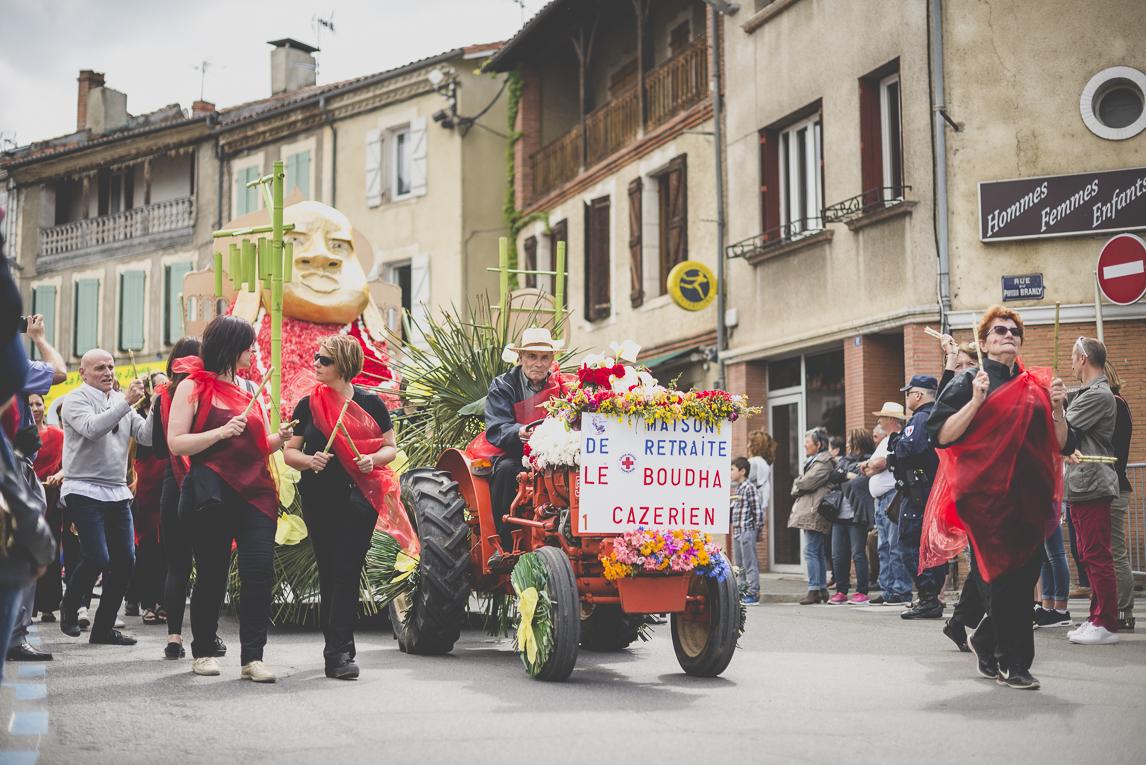 Fête des fleurs Cazères 2016 - tracteur et char décoré - Photographe évènementiel