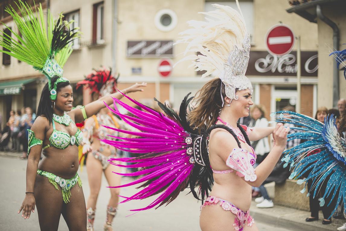 Fête des fleurs Cazères 2016 - danceuse de défilé - Photographe évènementiel
