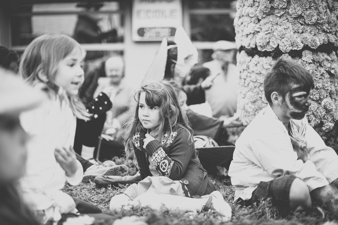 Fête des fleurs Cazères 2016 - enfants sur char décoré - Photographe évènementiel