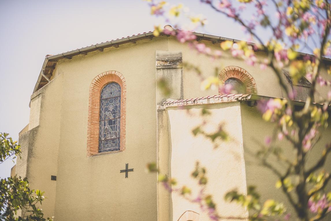 Baptême à Mondavezan - église - Photographe de famille