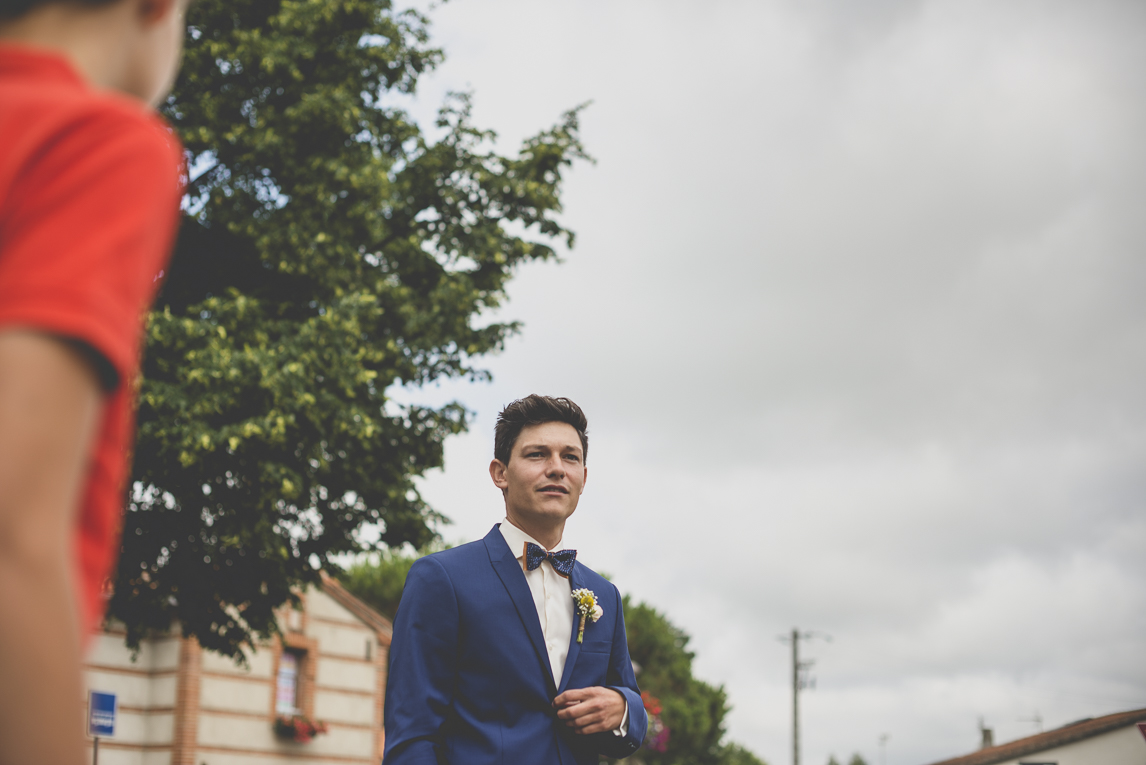 Wedding Photography Toulouse - groom waiting for bride - Wedding Photographer