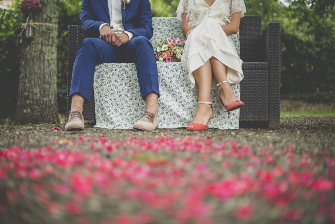 Reportage mariage Toulouse - mariés pendant cérémonie laïque - Photographe mariage