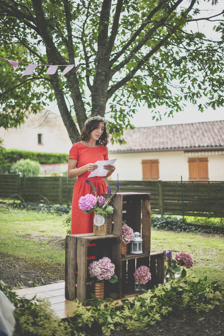Wedding Photography Toulouse - speech during secular ceremony - Wedding Photographer