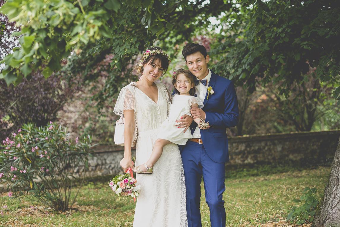 Wedding Photography Toulouse - married couple and child - Wedding Photographer