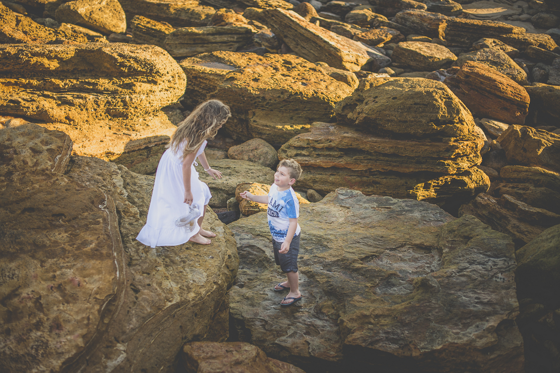 Family photo session - two children on rocks - Family Photographer