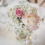 Wedding Photography Brittany - Flowers on the table - Wedding Photographer