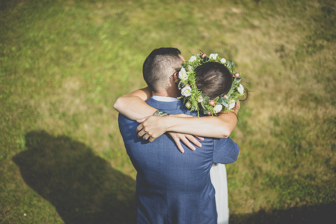 Wedding Photography Brittany - bride and groom hugging - Wedding Photographer