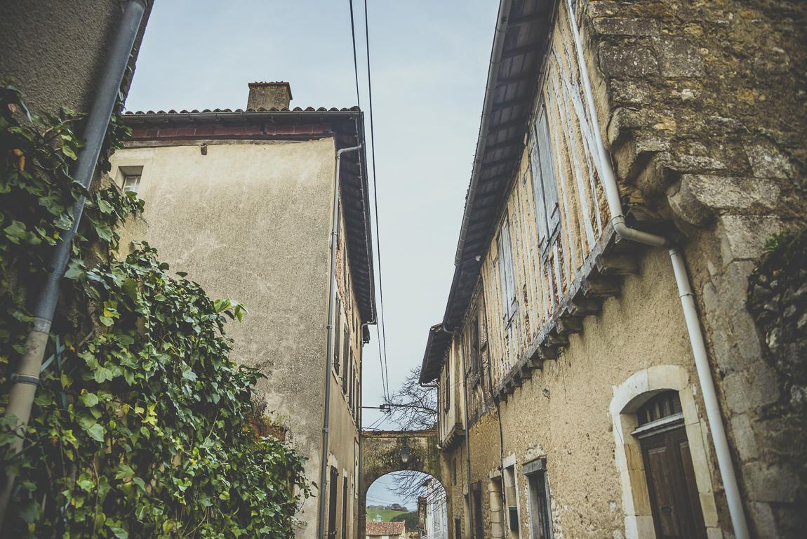 Reportage village Alan - ruelle - Photographe voyage