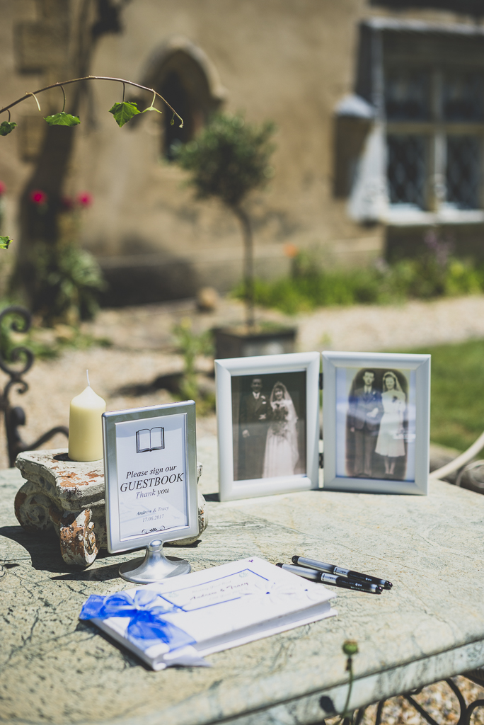 Wedding Photography French château - guest book - Wedding Photographer
