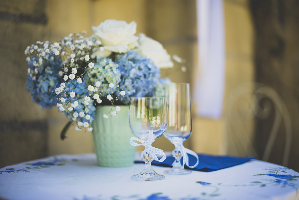 Wedding Photography French château - glasses for ceremony - Wedding Photographer