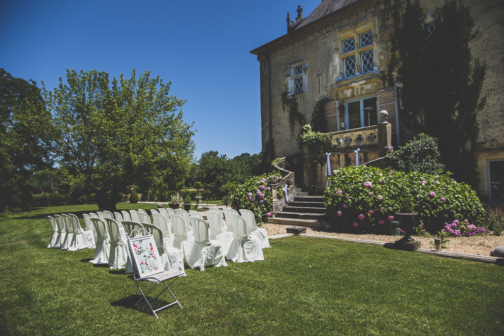 Wedding Photography French château - ceremony location - Wedding Photographer