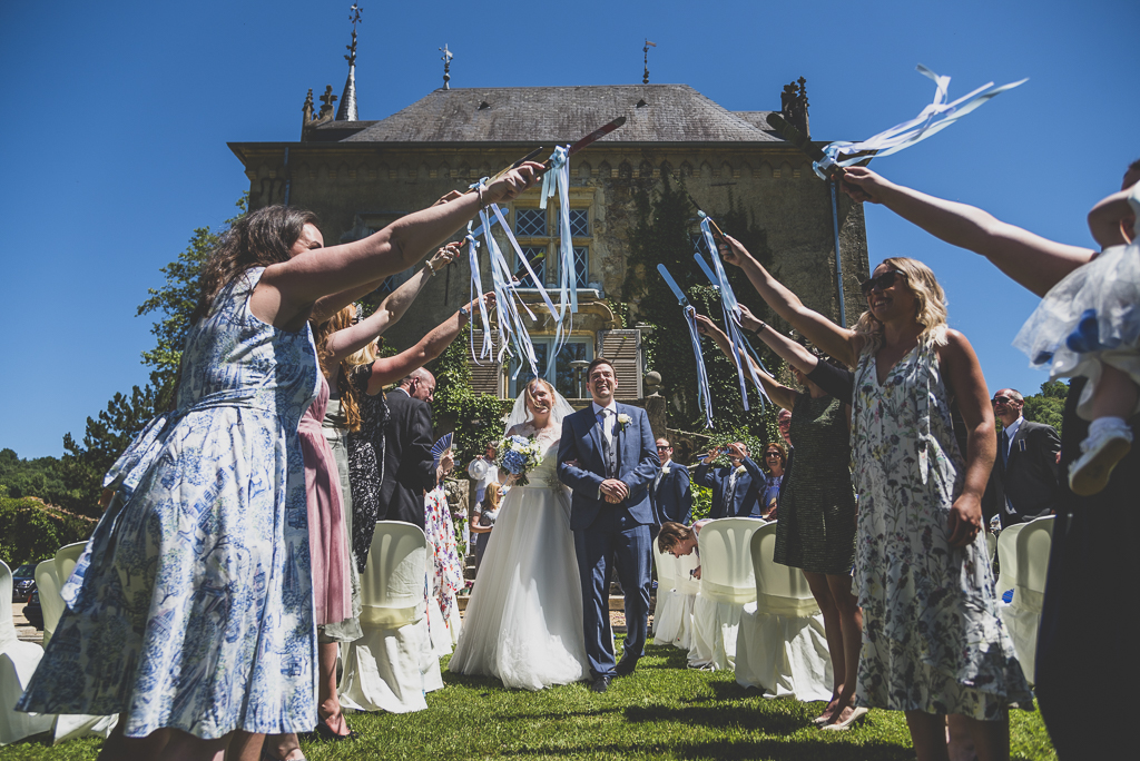 Wedding Photography French château - wedding guard of honour - Wedding Photographer