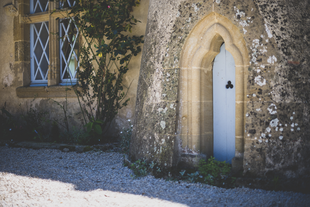 Wedding Photography French château - small door of château - Wedding Photographer