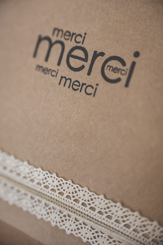 Nouveau packaging photographe cle usb tirages - boite kraft tamponnee merci - Photographe Toulouse