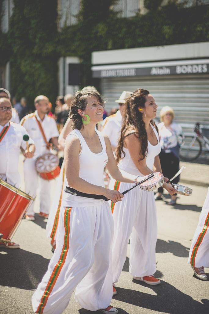 Fete des fleurs Cazeres 2018 - joueuse de tambourin - Photographe Haute-Garonne