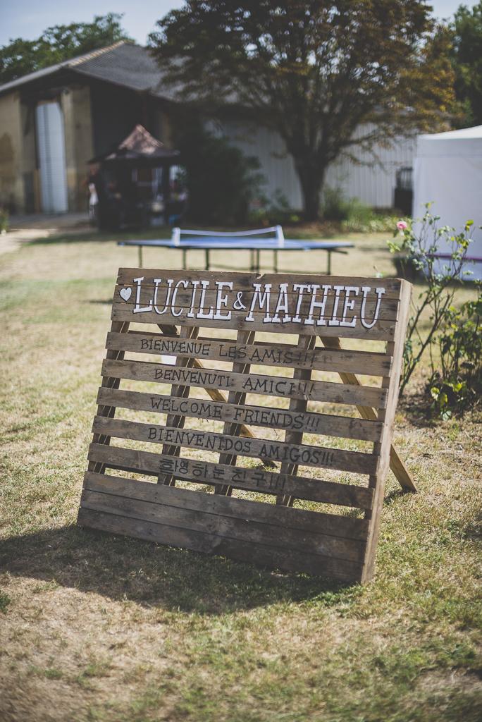 Reportage mariage Haute-Garonne - panneau de bienvenue - Photographe mariage