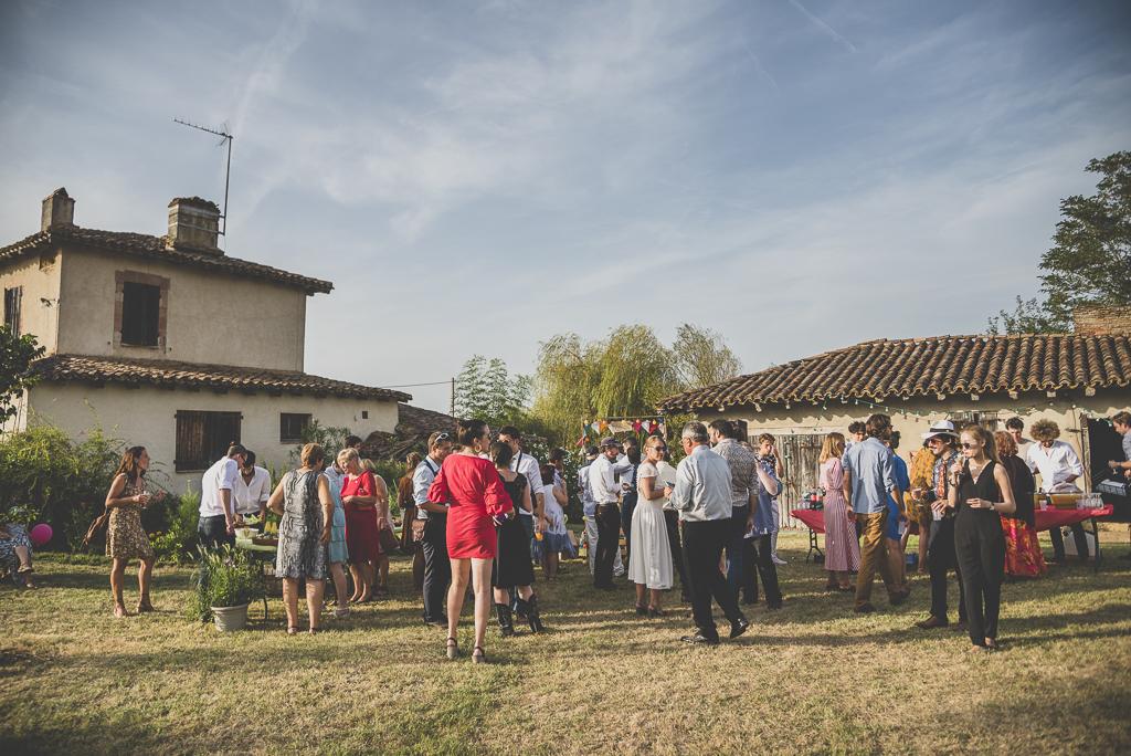 Reportage mariage Haute-Garonne - vin d'honneur à la ferme - Photographe mariage