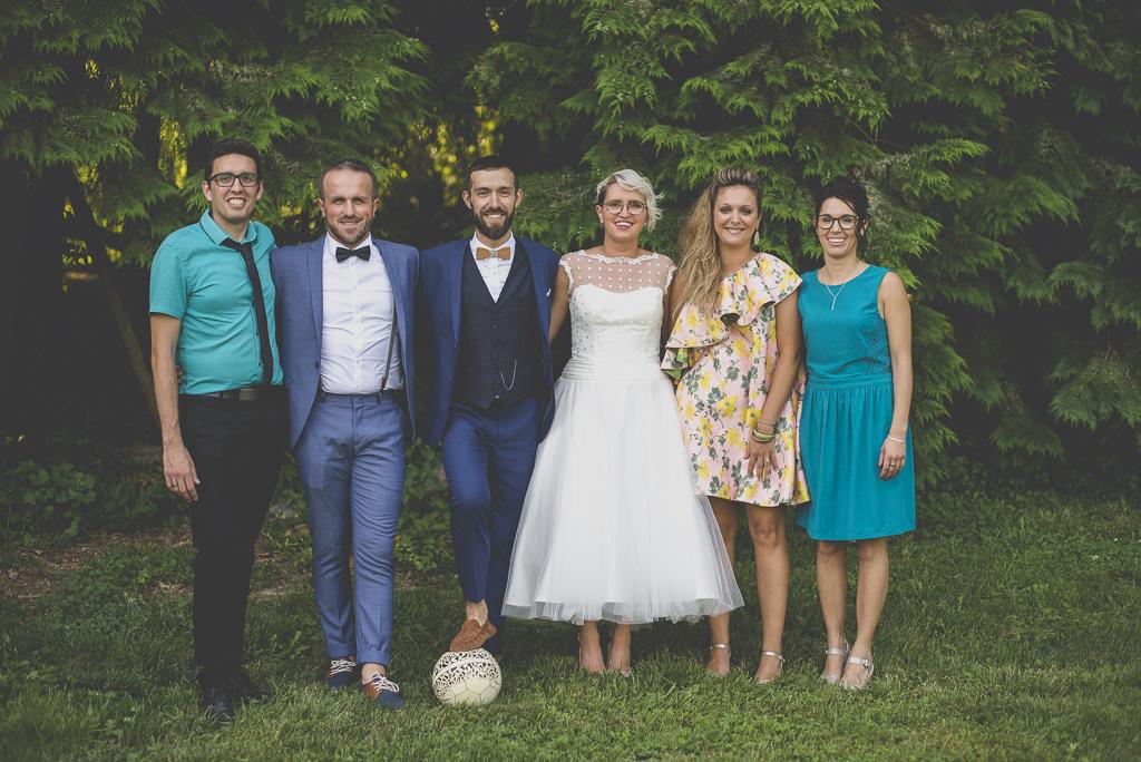 Wedding Photography Haute-Garonne - photo de groupe avec témoins - Wedding Photographer Saint-Gaudens