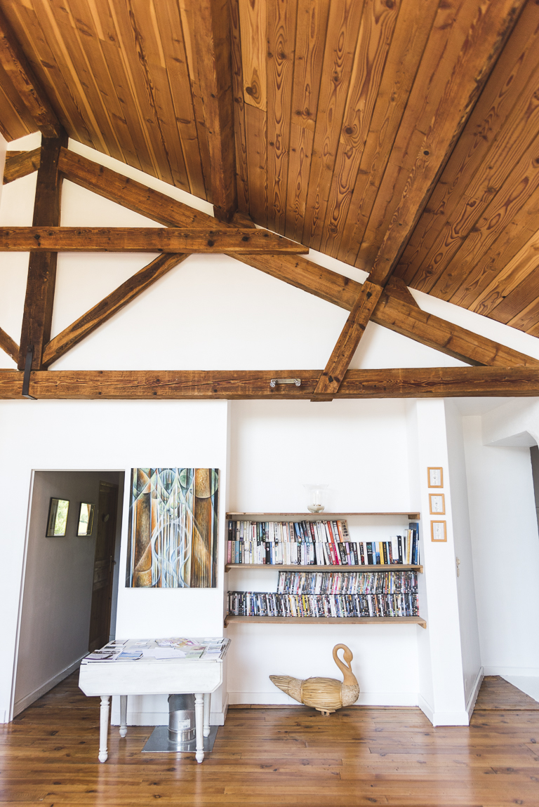Séance photo chambres d'hôtes Ariège - bibliothèque - Photographe B&B