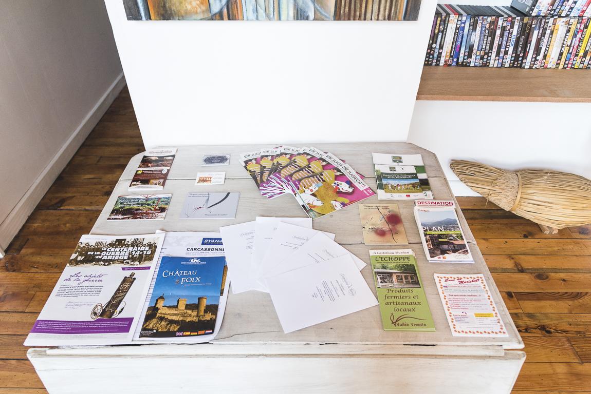 Séance photo chambres d'hôtes Ariège - prospectus et brochures touristiques - Photographe B&B