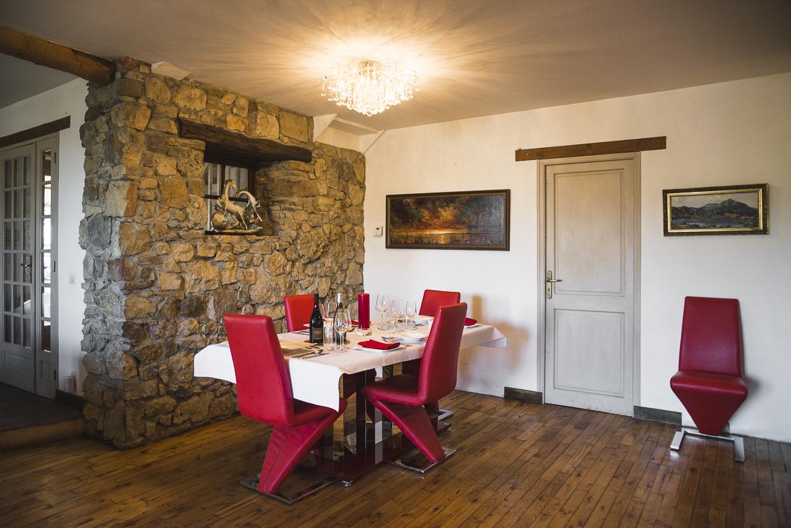 Séance photo chambres d'hôtes Ariège - salle à manger - Photographe B&B
