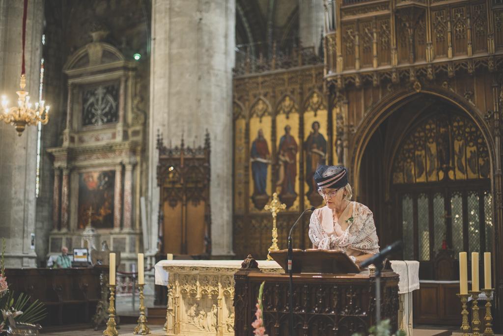 Reportage mariage Auch - Cérémonie religieuse - discours - Photographe mariage Gers