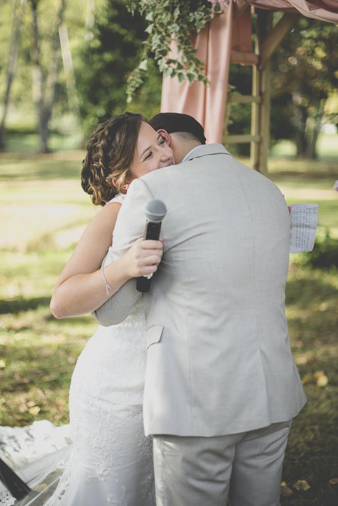 Reportage mariage automne Saint-Gaudens - échange des voeux cérémonie laique - Photographe Saint-Gaudens