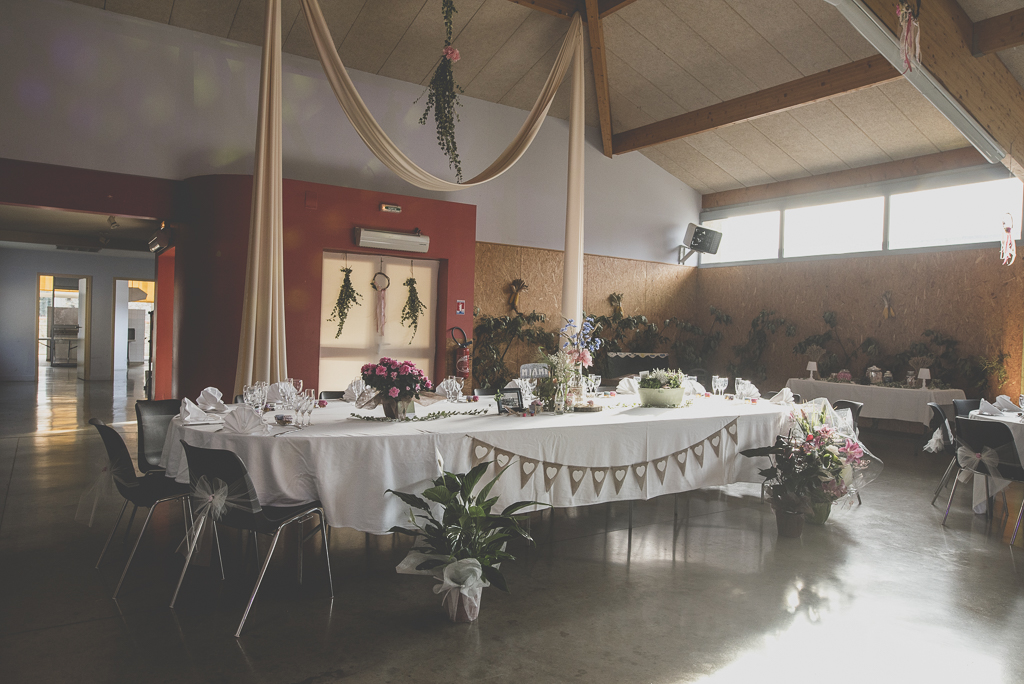 Reportage mariage automne Saint-Gaudens - table d'honneur - Photographe Saint-Gaudens
