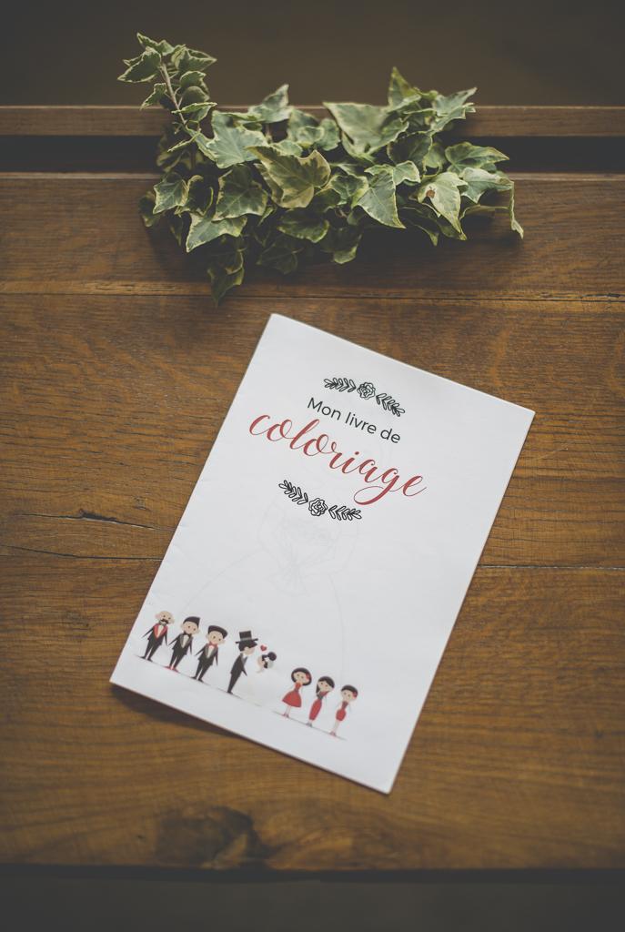 Reportage mariage automne Saint-Gaudens - livre coloriage enfants - Photographe Saint-Gaudens