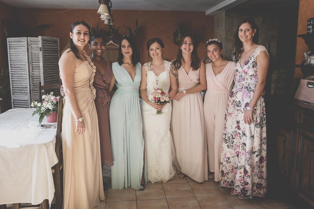 Reportage mariage automne Saint-Gaudens - mariée et ses demoiselles d'honneur - Photographe Saint-Gaudens